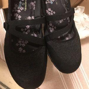Skechers Black Mary Jane  Memory Foam Flats 10wide